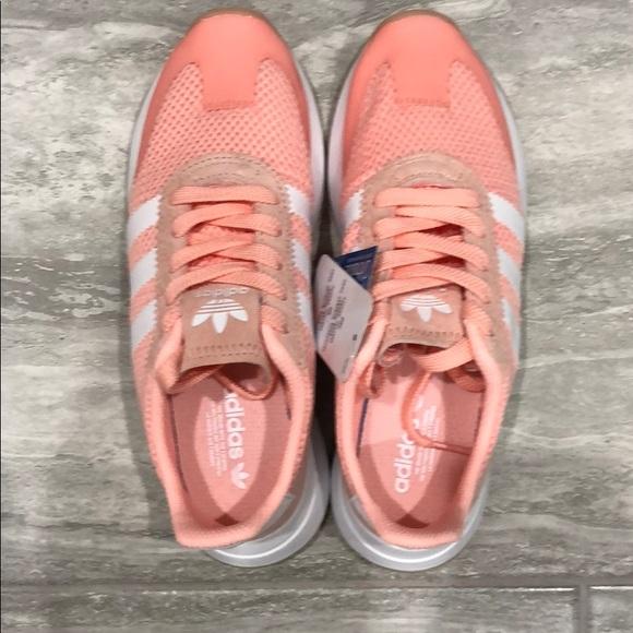 le adidas nwt scarpe poshmark